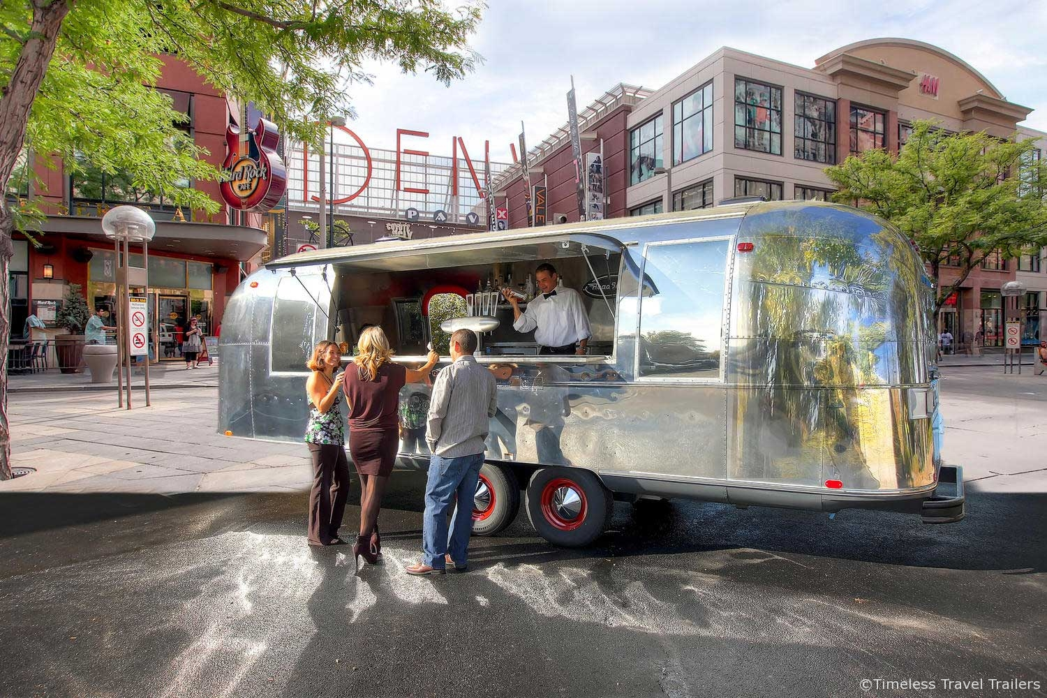 Road soda bar mobile airstream bar by timeless travel for Bar 96 food truck
