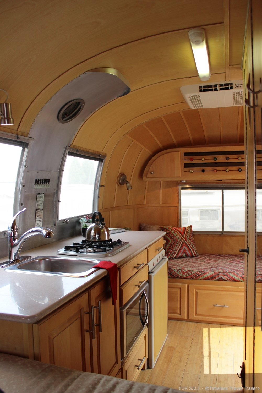 for sale 1966 17 39 airstream caravel timeless travel. Black Bedroom Furniture Sets. Home Design Ideas