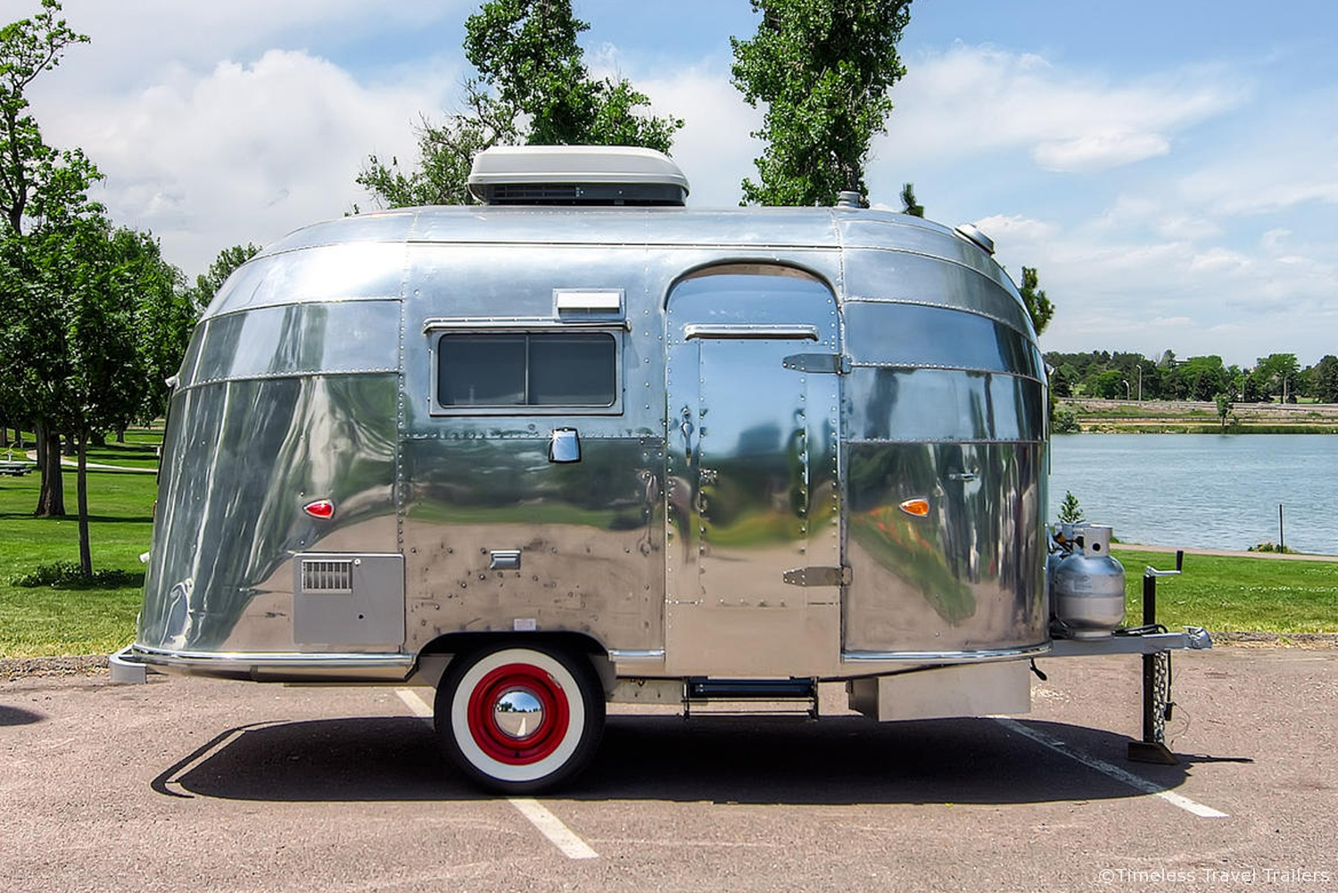timeless bubble airstream timeless travel trailers. Black Bedroom Furniture Sets. Home Design Ideas